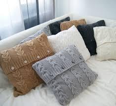 Декоративные вязаные подушки спицами: как связать <b>чехол на</b> ...