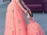 102 Best <b>mom</b> n <b>daughter</b> images in 2020 | <b>Mother daughter</b> fashion ...