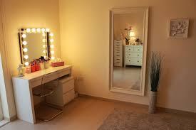 lights and best light bulbs for bathroom vanity t m l f makeup best lighting for makeup vanity