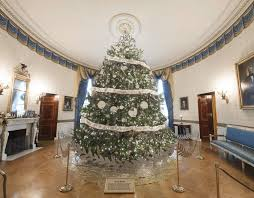oval office white house. afpgetty images the white house christmas tree in blue room of washington oval office