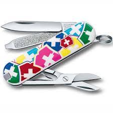 <b>Нож</b>-<b>брелок</b> Classic <b>VX Colors</b> Victorinox 0.6223.841 GS – купить в ...