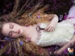 Moonnight & Angel Falls ~ <b>Love</b> Is The <b>Key</b> ( S.a.T Remix) - YouTube