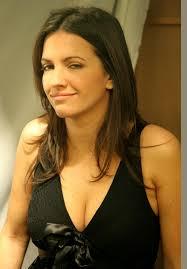 Ana Ruiz, actriz española nacida en Sevilla el 7 de junio de 1979. Lleva interpretando papeles teatrales desde los 14 años, teniendo por tanto una larga ... - IMG_0352