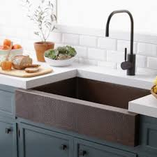 hammered copper kitchen sink: copper kitchen sinks cps paragon copper apron front kitchen sink v