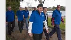 walk to support cancer group the ararat advertiser merv fox gerry hirst ian reid david holcombe richard mccutcheon nick