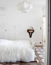 paint bedroom photos baadb w h: source casa sugar not usually one to go for masses of fur i find that i want to throw myself onto that bedthis room is tranquil