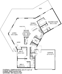 Unique Vacation House Plan   LD   st Floor Master Suite    Floor Plan