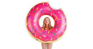 <b>Круг надувной BigMouth Strawberry</b> Donut купить по цене 1990 руб.