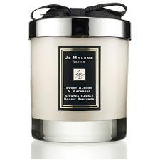 <b>Jo Malone</b> London <b>Sweet Almond</b> and Macaroon Home Candle 200g