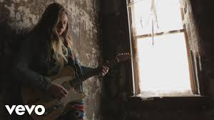 <b>Joanne Shaw Taylor</b> - The Best Thing (Official Video) - YouTube