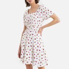 <b>Платье</b> расклешенное <b>короткое</b> с принтом, квадратный вырез ...
