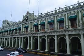 Resultado de imagen para FOTO DEL PALACIO DE GOBIERNO DEL ESTADO DE VERACRUZ