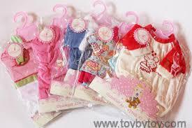 <b>Одежда для кукол</b> и пупсов, недорогие наборы (обзор, фото)