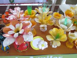 recycled plastic bottles garden decor
