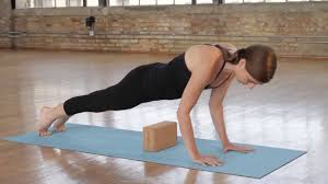 <b>Блок для йоги</b> Natural Fitness Cork Yoga Block - YouTube