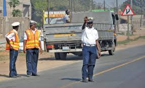 Resultado de imagem para polician transito maputo