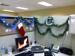 image of cubicle christmas decoration attractive manly office decor 4 office cubicle