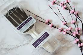 <b>Tangle Teezer</b> Blow-Styling <b>Smoothing Tool</b> Review - When Tania ...