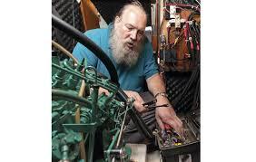 Diagnose and fix marine <b>diesel</b> engine problems