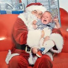 vintage everyday: 10 <b>Funny</b> Pictures of Santa Claus Brings <b>Crying</b> ...
