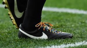 Rainbow <b>Laces</b> campaign: What are they, which players wear them ...