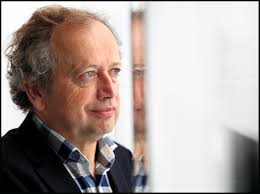 Henk Bleker wil niet voor het CDA in de Tweede Kamer nu hij niet de nieuwe lijsttrekker van zijn partij is geworden. Dat meldden verschillende media vandaag ... - Henk-Bleker