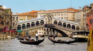 Rialto Bridge Across the Grand Canal in Venice, Italy