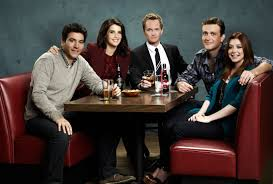 first year of college as explained by how i met your mother credit movie pilot