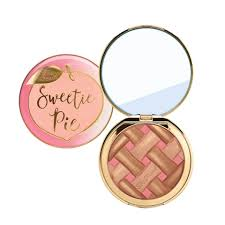 <b>Too Faced Sweetie Pie</b> Radiant Bronzer - LOOKFANTASTIC