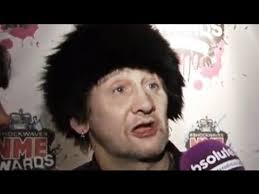 Shane Macgowan lives up to his reputation at the NME Awards ...