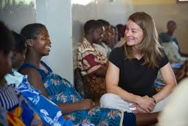 melinda gates lauds advances for africa s poorest com photo essays melinda gates s