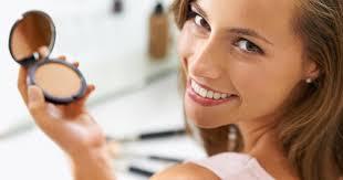 Зачем нужно <b>косметическое зеркало</b> и какое выбрать — статья в ...