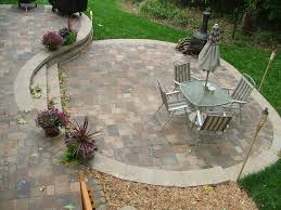 outdoor fireplace paver patio: gas fire pits for a patio circle paver wall in country manor paver raised natural gas fire pit outdoor fireplace pinterest patio circles and