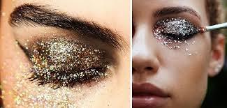 <b>Глиттеры для век</b>: все об особенностях макияжа