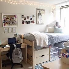 planning dorm room decor
