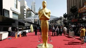 فهرست 250 فیلم برتر سینمای جهان از نگاه سایت IMDBیکی از مهمترین سایتهای سینمایی و فیلم دنیا