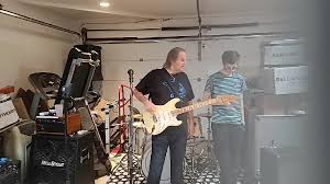 <b>Walter Trout</b> - Free Trout Garage Jam - May 23, 2020 -...