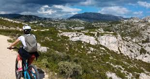 Из Марселя: E-<b>Mountain</b> Bike Tour - Национальный парк Каланки ...