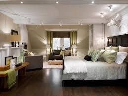 Small Master Bedroom Layout Master Bedroom Retreat Decorating Ideas Home Design Ideas