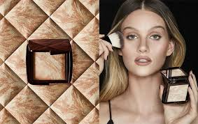 <b>Hourglass Ambient Lighting</b> Infinity Powder + Unlocked Mascara ...
