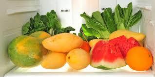 Hasil gambar untuk buah buahan di lemari es