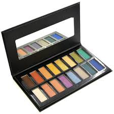 Professional <b>Makeup Palettes</b> from Crownbrush - Buy Online