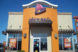 taco bell drive thru cashier caught stealing credit card info eater she was caught red handed on a surveillance video