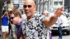 How to <b>Wear</b> a <b>Hawaiian</b> Print <b>Shirt</b> This Summer   GQ