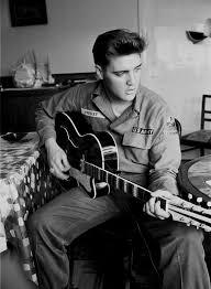 Elvis Presley — Бесплатное воспроизведение музыки ...