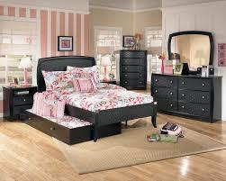 bedroom black furniture sets green