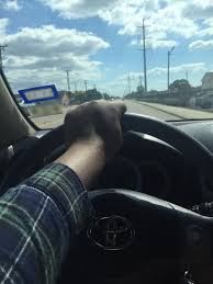 Left hand steering, right hand gripping her thigh | LOOOL via Relatably.com