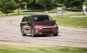 2018 Honda Odyssey 10-speed Automatic Test | Review | Car and ...