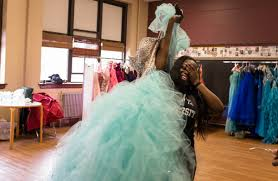 photo essay a prom dress giveaway in wood the village press
