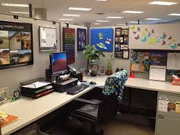 decorating office cubicle cubicle ideas unique awesome cubicle decorations